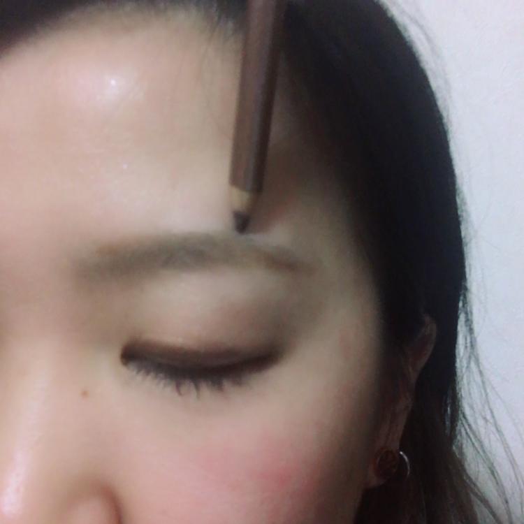 キレイな眉毛の描き方