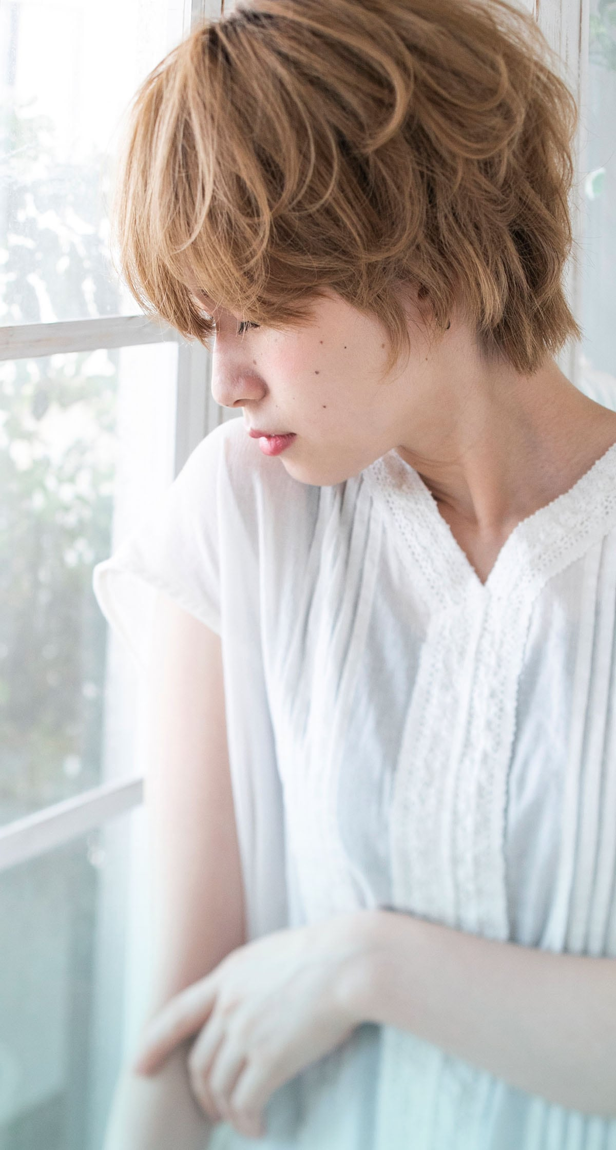 """ラフな揺れ髪を演出する3段仕込みの""""シェイクレイヤー"""""""